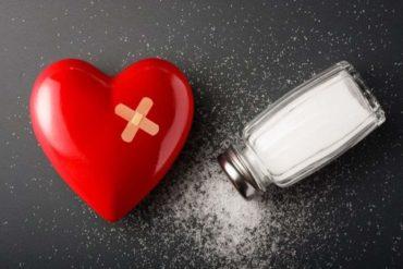 Простой приворот на соль