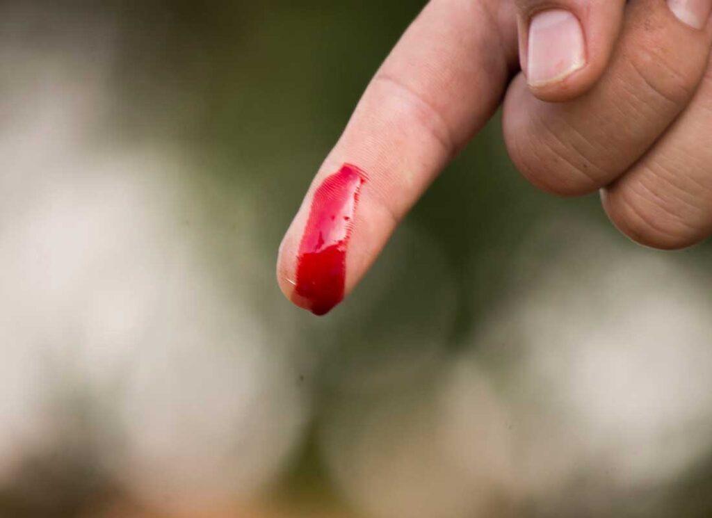 Приворот на кровь из пальца последствия