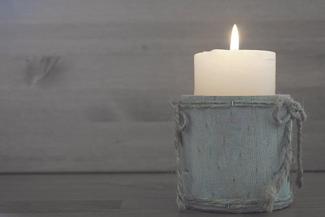 Приворот на две скрученные свечи 9 дней